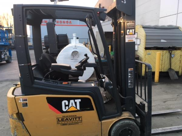 CAT SKID STEER SWEEPER Main Image